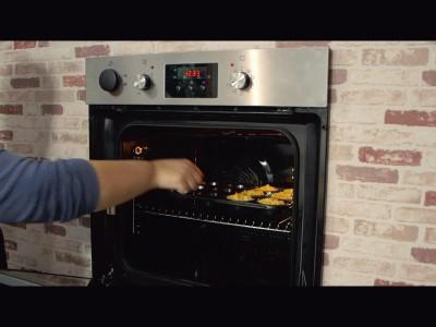 muffins alle carote: infornate per 10-15 minuti o fino a doratura.
